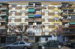foto de la fachada del inmueble en venta en calle avila