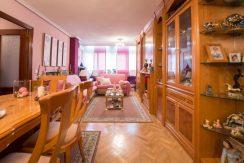 foto del salón del piso en bernardo martin en venta